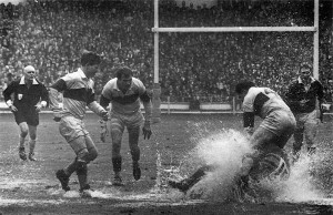Photograph of 1968 Challenge Cup Final between Leeds & Wakefield Trinity which became known as the 'Watersplash Final'.