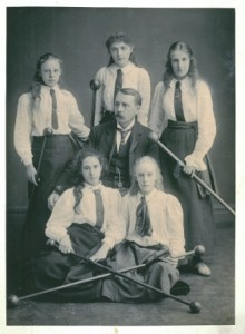 Photograph from the School & University records of the Scholes Monaghan Archive, pre 1917.